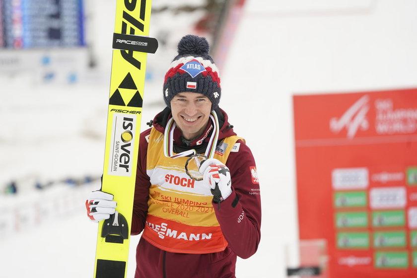 Trzykrotny mistrz olimpijski zakończył wyjątkowo niejednoznaczny sezon.