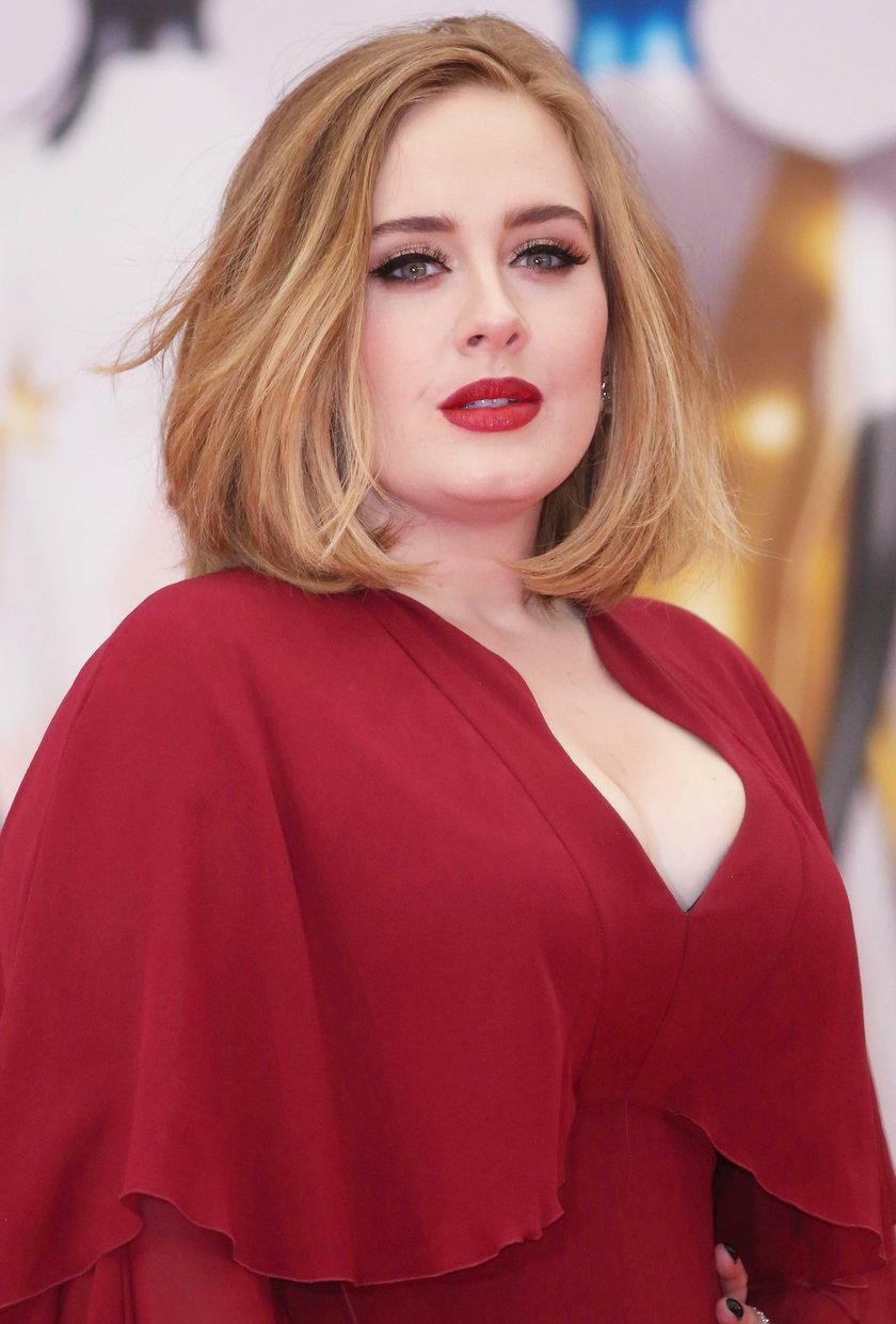 W marcu Adele zakończyła trzecią część (przedostatnią) światowej trasy koncertowej