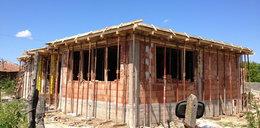 Prezes PiS obiecuje domy 70 metrów bez pozwolenia, za 100 tysięcy zł! Czy to możliwe? Zapytaliśmy eksperta