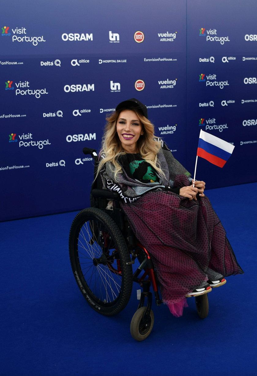 Rosjanie atakują niepełnosprawną piosenkarkę Julię Samojłową, bo źle wypadła na Eurowizji