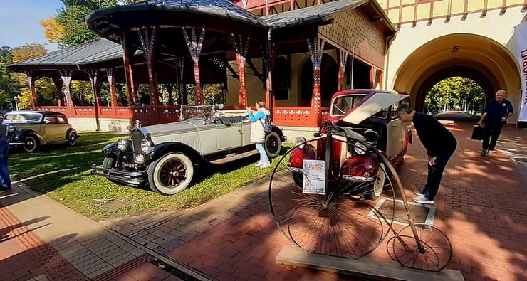 susret oldtajmer vozila na palicu povodom 140 godina palicke olimpijade 111020 RAS foto Biljana Vuckovic 001