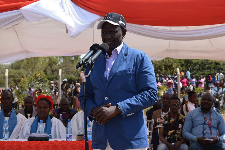 Deputy President William Ruto addressing residents at Karumo Technical Training Institute on Saturday
