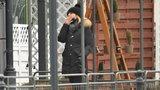 Małgorzata Tusk przyłapana! Zaciąga się dymkiem bez maseczki