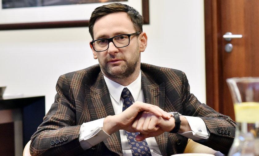 Daniel Obajtek twierdzi, że kupił dworek w Borkowie, by pomagać osobom niepełnosprawnym.