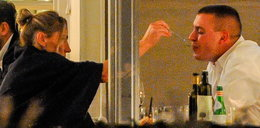 Gruchała z mężem na romantycznej kolacji