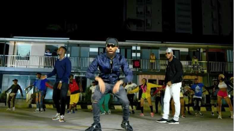 Deejay J Masta Ft Phyno and Flavour [Youtube/Penthauze]