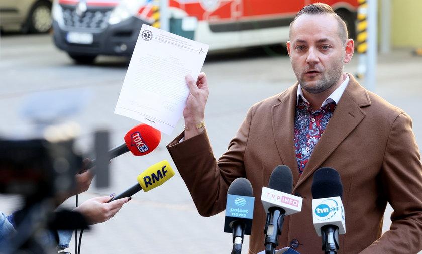 – Miesięcznie potrzebujemy 4,5 mln zł, aby uruchomić wypłaty dla ratowników – poinformował w poniedziałek Piotr Owczarski, rzecznik Wojewódzkiej Stacji Pogotowia Ratunkowego i Transportu Sanitarnego Meditrans.