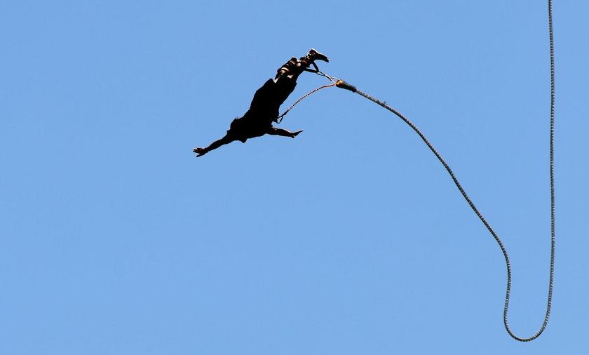 Dramatyczne sceny w Gdyni. Kiedy skakał na bungee, zsunęła mu się uprzęż...