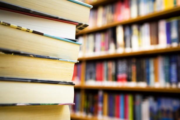 Podmiot zainteresowany otrzymywaniem wynagrodzenia będzie musiał dokonać pisemnego zgłoszenia do organizacji zbiorowego zarządzania prawami autorskimi w ogłoszonym wcześniej terminie