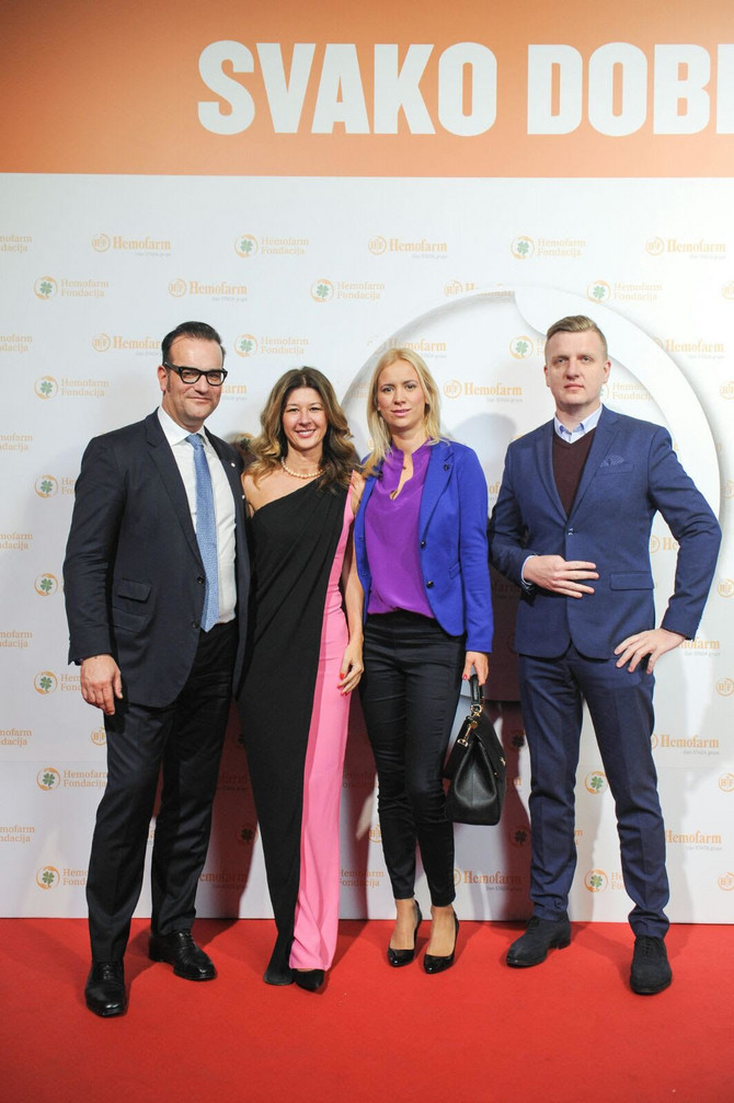 Ronald Zelinger, Natalija Popović, Tijana Bajović, komercijalni direktor