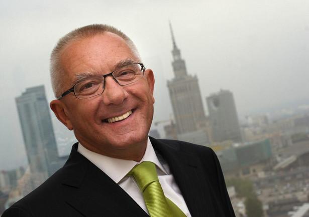 """Kott jest najdłużej """"panującym"""" prezesem banku w Polsce."""