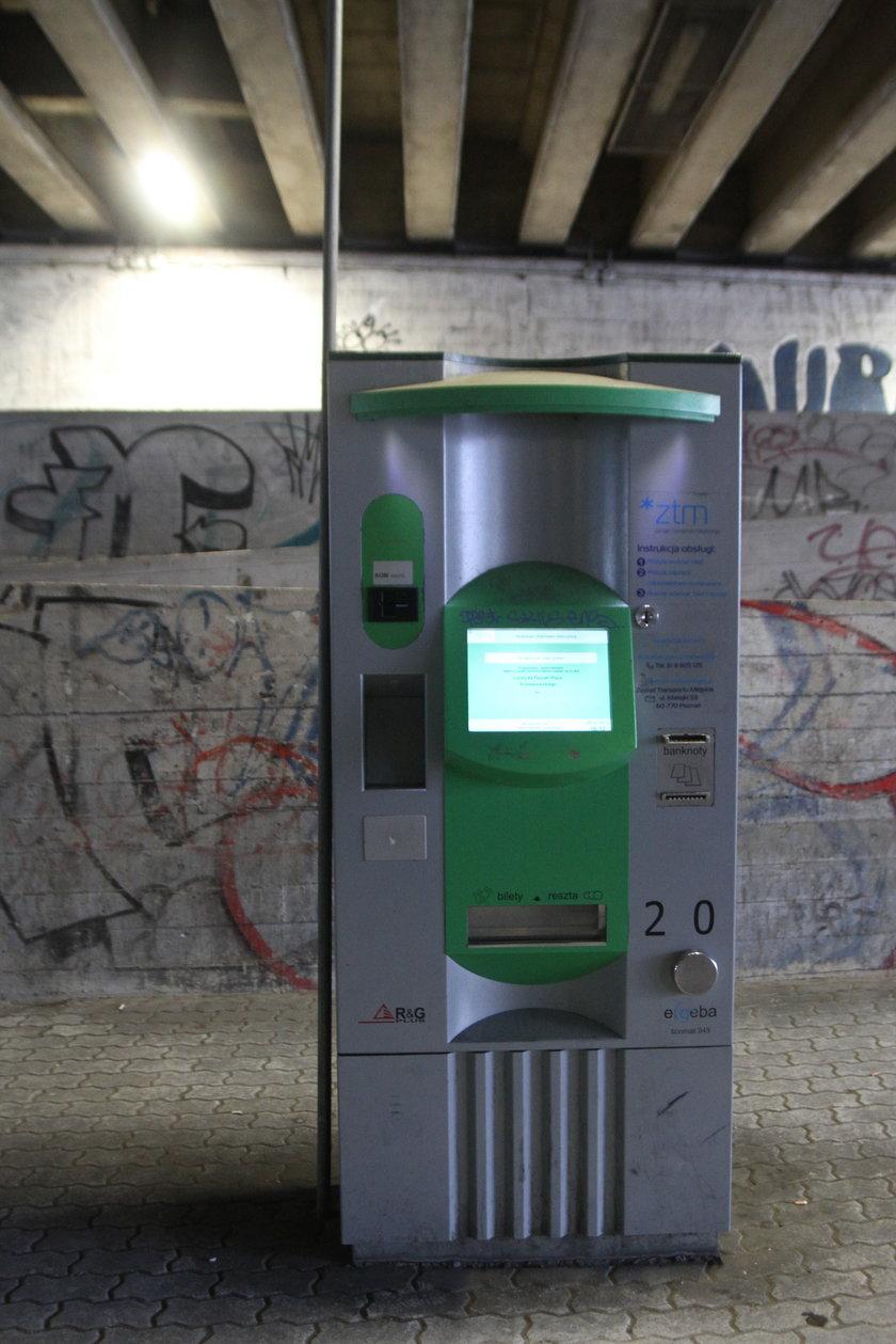 Nowe biletomaty i terminale