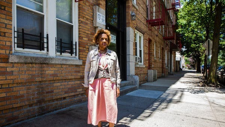 Tenants are flourishing vs. 'Bronx is burning'