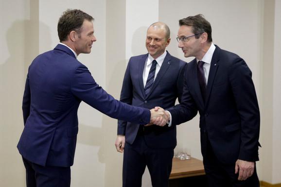 Akcije Srbije u Komercijalnoj banci su prodate za iznos od 387,02 miliona evra