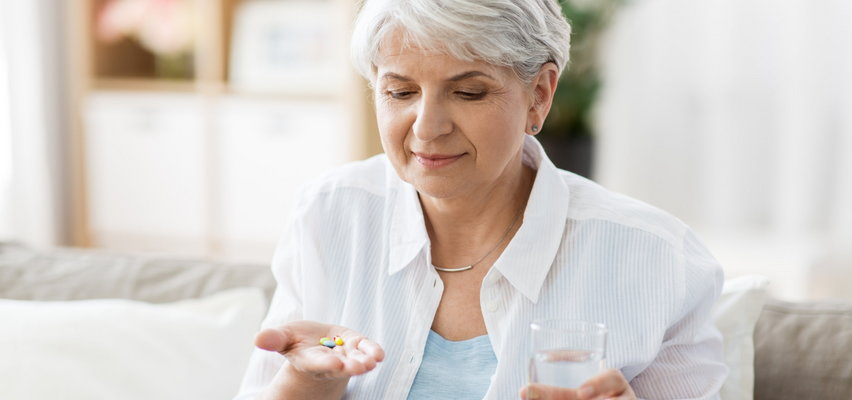 Jak dbać o wątrobę, gdy stale przyjmujesz leki - szczególnie ważne dla seniorów