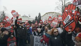 Czarny piątek w całej Polsce. Kobiety protestowały przeciwko zaostrzeniu prawa aborcyjnego