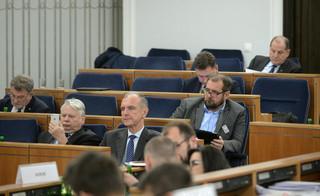'To jest walec legislacyjny'. Senacka komisja poparła ustawy o KRS i SN bez poprawek