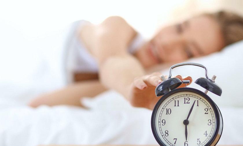 W nocy z soboty na niedzielę 29 marca o godz. 2.00 przestawia się zegarki na godz. 3.00, czyli godzinę do przodu