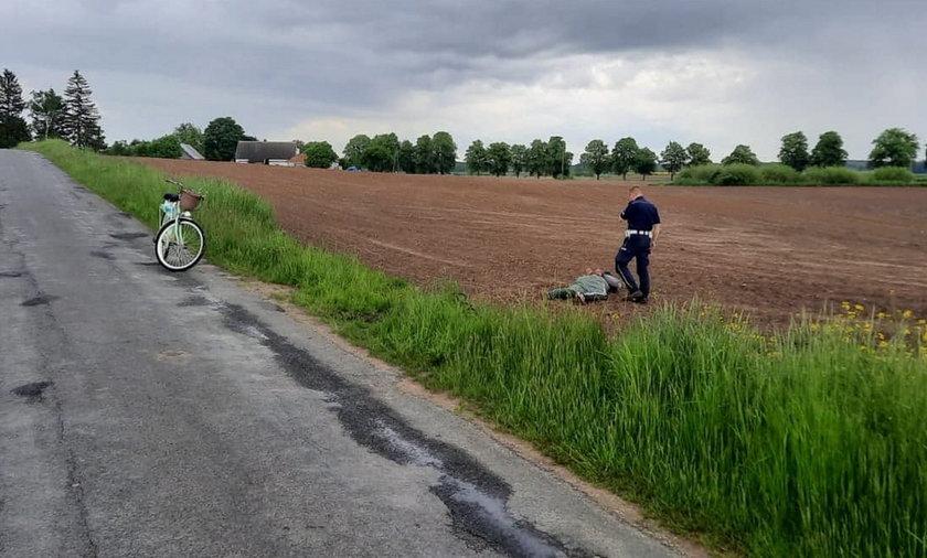 Brawurowa akcja iławskich policjantów. Motocyklem najwyraźniej nie ucieka się w pole.