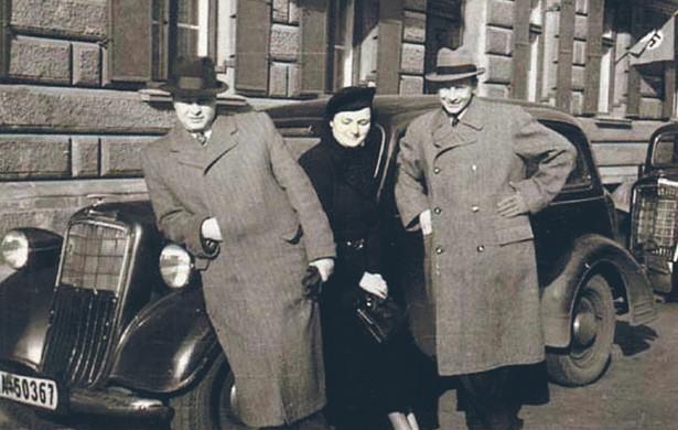 Rodzice Markusa Blechnera Jakob i Frieda oraz jego wuj Oskar, Monachium, 1938 r. fot. Archiwum rodzinne
