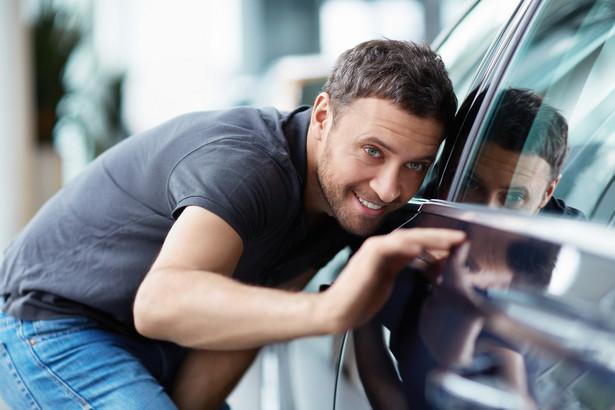 Czy samochody dostarczą nam tyle emocji, ile praca stróża nocnego w Tesco?