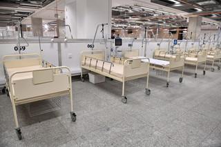 Dworczyk: Chcemy w przeciągu tygodnia oddać kolejne 250 łóżek w szpitalu na Stadionie Narodowym