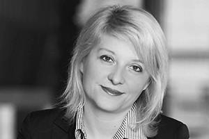 Izabela Olszewska, Giełda Papierów Wartościowych