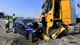Tragiczny wypadek w Kurowie. Osobówka zderzyła się z ciężarówką