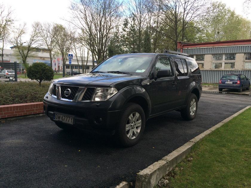 Nissan pathfinder wrocławskiego magistratu