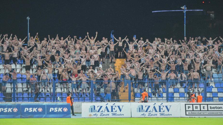 Kibice Pogoni Szczecin podczas meczu z  NK Osijek