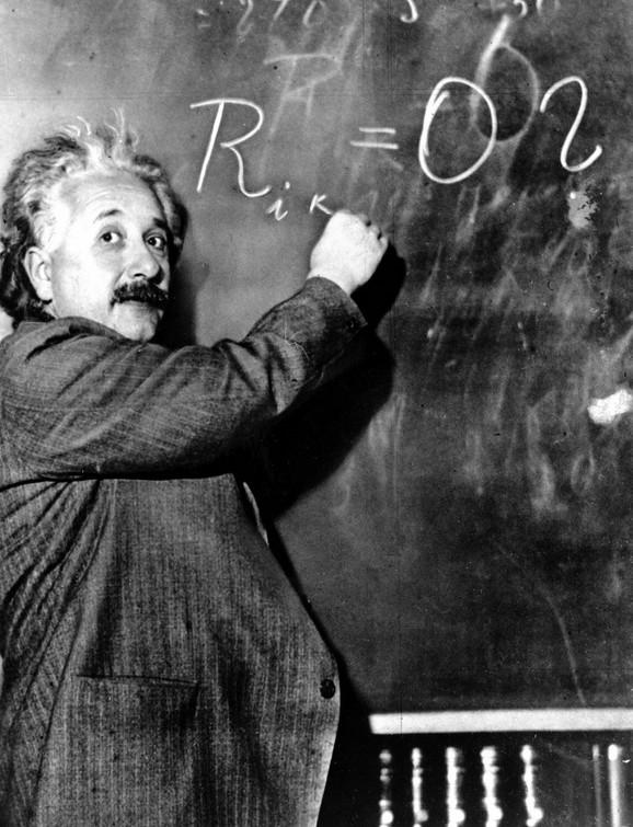 Albert Ajnštajn: Ironija sudbine je u tome što bi jedna od njegovih grešaka mogla imati uticaja na najveće pitanje od svih