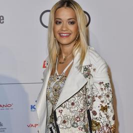 Rita Ora w okropnej stylizacji. Co ona na siebie założyła?!