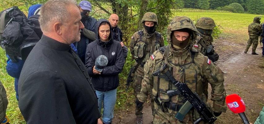 Duchowni nie zostali dopuszczeni do uchodźców na białoruskiej granicy
