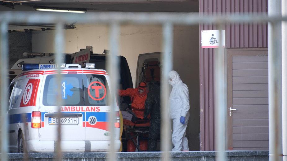 Dlaczego Polska bije rekordy umieralności na COVID-19 w Europie