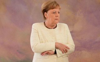 Wschód głosuje przeciwko polityce kanclerz Merkel