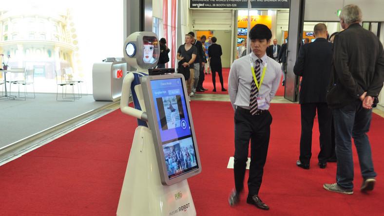 Ten tańczący robot ma wbudowaną tablicę ogłoszeniową.