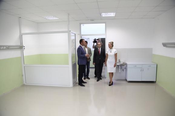 Igor Mirović u obilasku Specijalne bolnice za psihijatrijske bolesti ''Kovin''