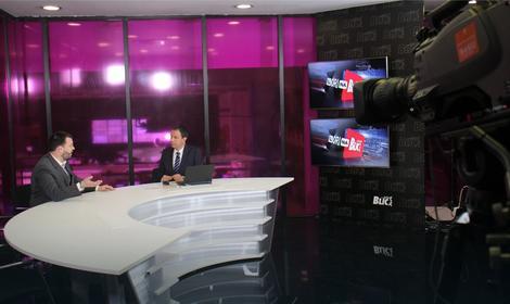 """Redakcija """"Blica"""" pretvorena je u TV studio"""