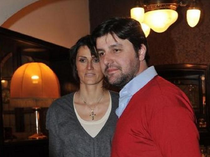 OVAKO je supruga Dejana Bodiroge izgledala pre pet godina: Danas je lepša neko IKADA PRE!