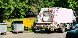 Makabryczny wypadek! Kierowca śmieciarki przejechał kolegę z pracy