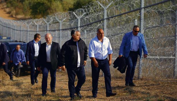 Z ostatniego, majowego raportu KE wynika, że Węgry, Polska i Austria nie dokonały relokacji ani jednej osoby.