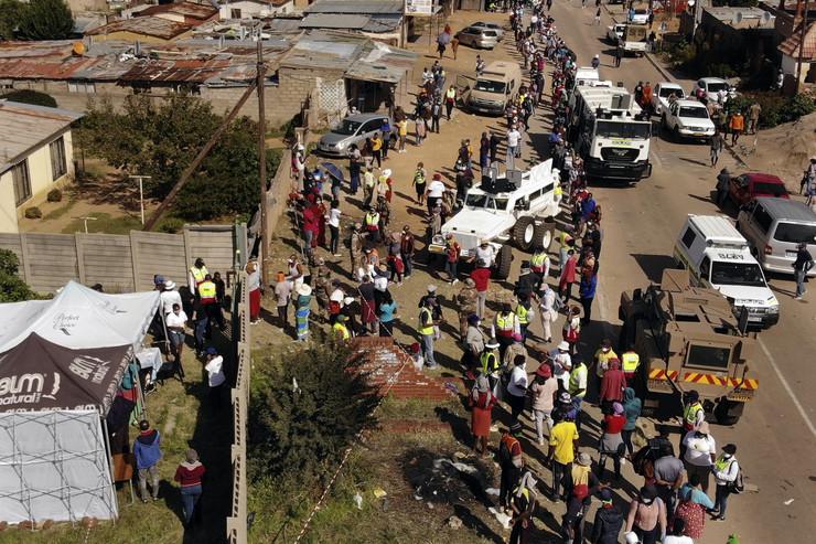 Južna Afrika, red za hranu