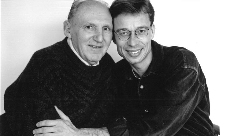 71-letni Stefan K. z Lutzem van Dijkiem, styczeń 1996