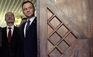 Szefernaker: Wymiana listów między prezydentem a szefem MON to sprawa historyczna