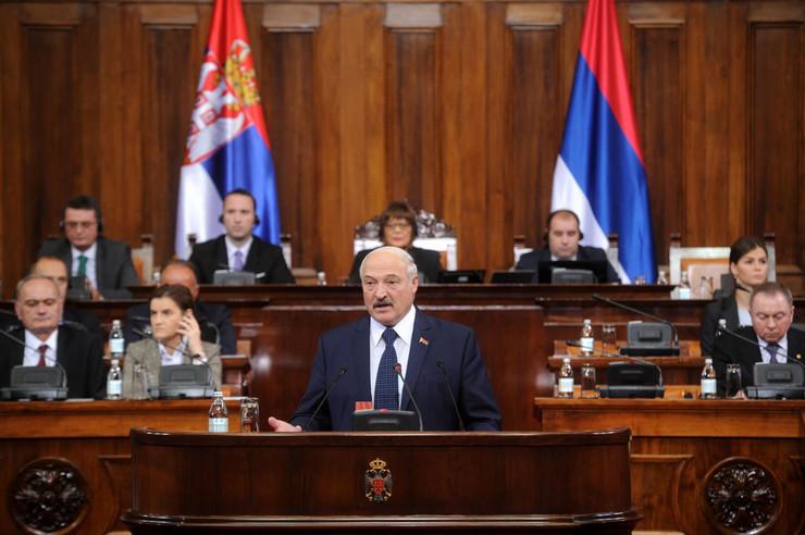 Aleksandar Lukašenko, Skupština Srbije, Maja Gojković