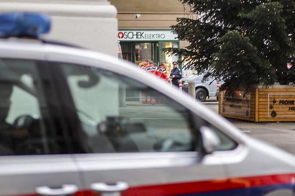 HITNO PREBAČEN U BOLNICU Srbin izboden na tramvajskoj stanici u Beču