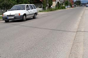 """""""BIO JE SAV KRVAV"""" Auto udario dečaka na biciklu i nosio ga na haubi 20 METARA"""