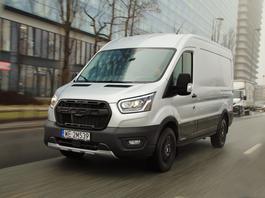 Ford Transit Trail - dostawczak na trudne warunki