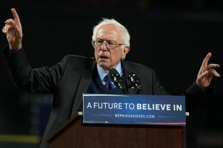 Wybory prezydenckie w USA: Sanders wygrywa z Clinton prawybory na Alasce i w stanie Waszyngton