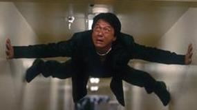Jackie Chan kwestuje na rzecz Chińczyków
